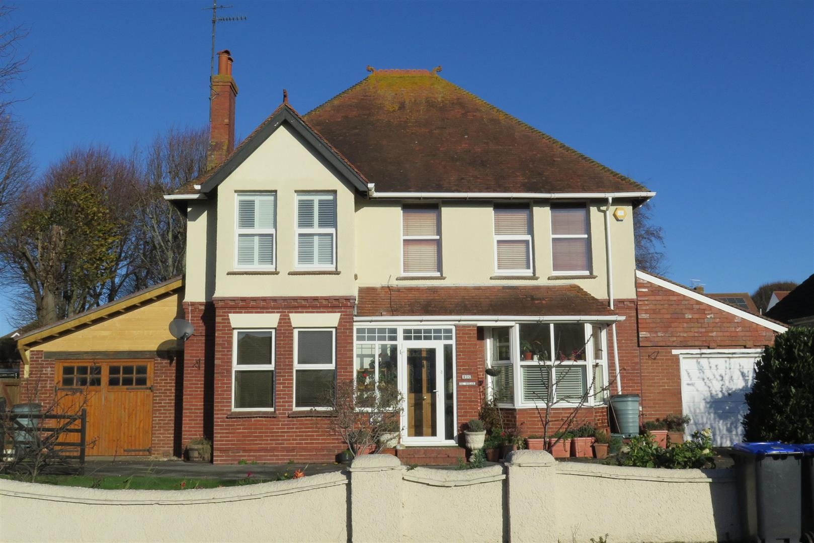 4 Bedrooms Detached House for sale in Upper Shoreham Road, Shoreham-By-Sea
